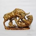 tượng trâu phong thủy vẽ vàng gốm Bát Tràng