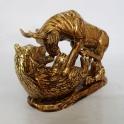 tượng trâu phong thủy vẽ vàng gốm Bát Tràng_4